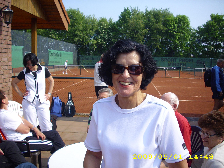 anspielen-tennis-01-05-09-019